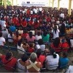 #ENVIVO transición de familias a @Prospera_Mx en Pinotepa Nal. #Oaxaca, síguela aquí http://t.co/h6frL0aMdA http://t.co/Hzr3nRVgNn
