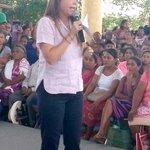 La Coordinadora @paula_hdz afirma en Pinotepa Nacional, Oaxaca q la entrega de los apoyos PROSPERA está garantizada http://t.co/VTi2NcacUw