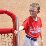 Kansas batboy killed in tragic accident during game remembered for his spirit http://t.co/8TY3tPKV0t http://t.co/YLernKc8Yq
