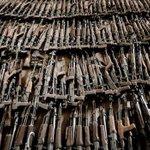 Кризис в АТО: Боевики продают оружие, чтобы купить водки и хлеба #новости #новини #Україна http://t.co/jjBTqmDBWL http://t.co/uFjuFH8bBt