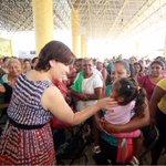 Mi reconocimiento a las mujeres @Prospera_MX de #Oaxaca. Son mujeres valientes, luchadoras, trabajadoras http://t.co/64HCMptgPj