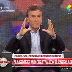 """""""La gente es muy creativa con el dinero ajeno"""" > Mauricio Macri en #MartesIntratable [http://t.co/hqVVHvhnyJ] http://t.co/6n848ZfMld"""