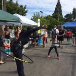National Night Out being celebrated all over Seattle. Loved this @SeattlePD officer hula hooping with the kids! http://t.co/mZLjkwFED3