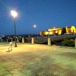 Cola en el Castillo de San Anton, no pudimos entrar :-(, aforo completo #coruña #noroestepop2015 @Noroeste_Pop_R http://t.co/anAB6eVFMj