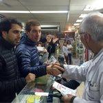 Gracias a los comerciantes de Malvinas Argentinas por sumarse al #Cambio. #VamosJuntos con @AlbiCZ y @mauriciomacri http://t.co/qSrahrg2YE