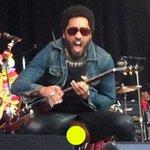 Lenny Kravitz commented on #Penisgate in the most hilarious way: http://t.co/TXXO9eB9XU http://t.co/qxZF7lOfSj