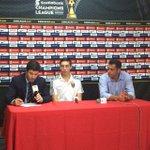Elías Enoc Vásquez en la conferencia a la Prensa junto al Dt del Real Salt Lake al ganarle 1-0 a Municipal http://t.co/KFmJXO9Aja