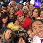 Aquí con nuestra amiga Lupita #felicidar #segundotiempo RT http://t.co/naHv7thnGD
