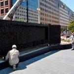 В центре Вашингтона, неподалеку от Капитолия, был установлен мемориал жертвам Голодомора 1932-1933 годов в Украине http://t.co/dExrUCr6G4