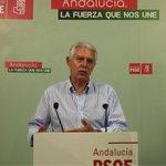 """.@pacomenachov: """"Los presupuestos del gobierno central dan la espalda a la provincia de #Cádiz"""". #AsiNo http://t.co/IDc2MM0ZEF"""