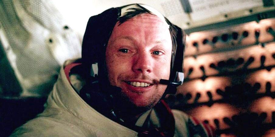 Apollo 11 astronaut Neil Armstrong was born on this day in 1930. http://t.co/UGZxJvMbR8