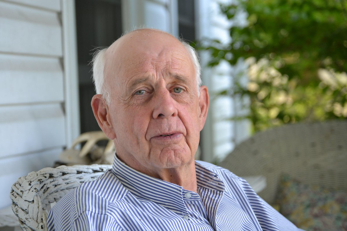 Happy Birthday, Wendell Berry! Celebrate with 7 of his classic Orion essays here: https://t.co/lqAmN2GXDK http://t.co/XUquYvoG5q