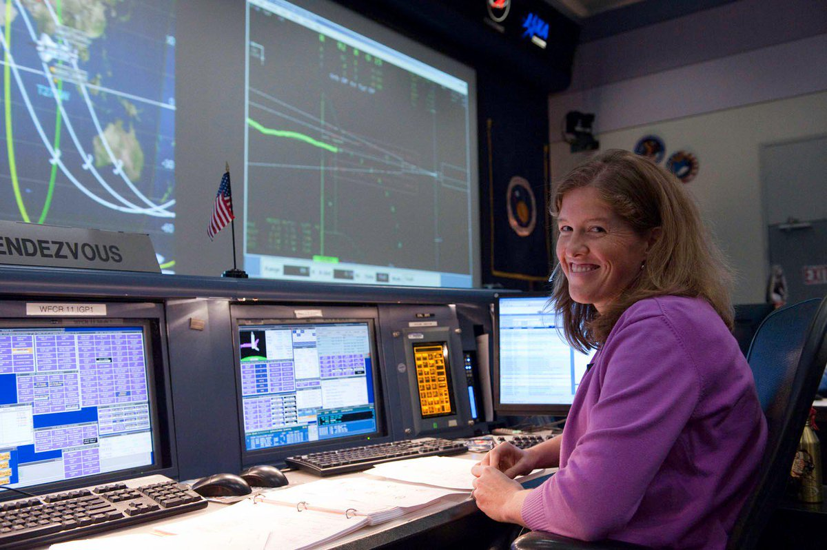 Just an ordinary day in 2011 when I helped STS-133 dock w/ the space station. #ILookLikeAnEngineer @GaTechEngineers http://t.co/BFdEIq5wsO