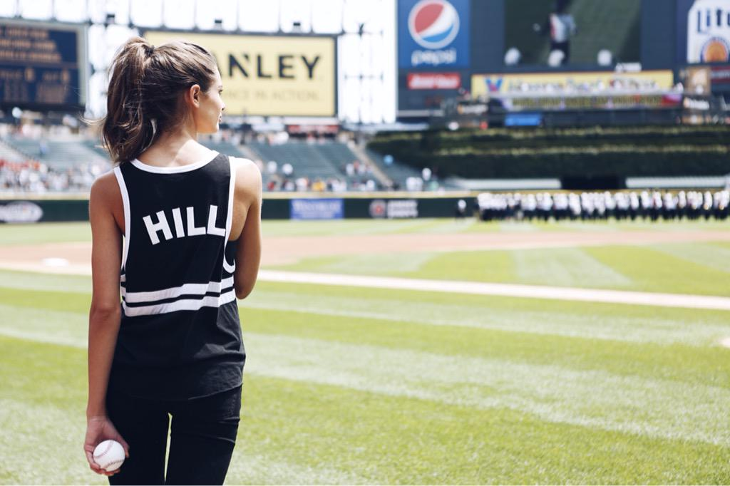 Watch out @whitesox, you have an Angel in the Stadium ready to play ball ????????⚾️???????? #TheNewestAngels #TaylorTakeover http://t.co/eAKSDMjvP3