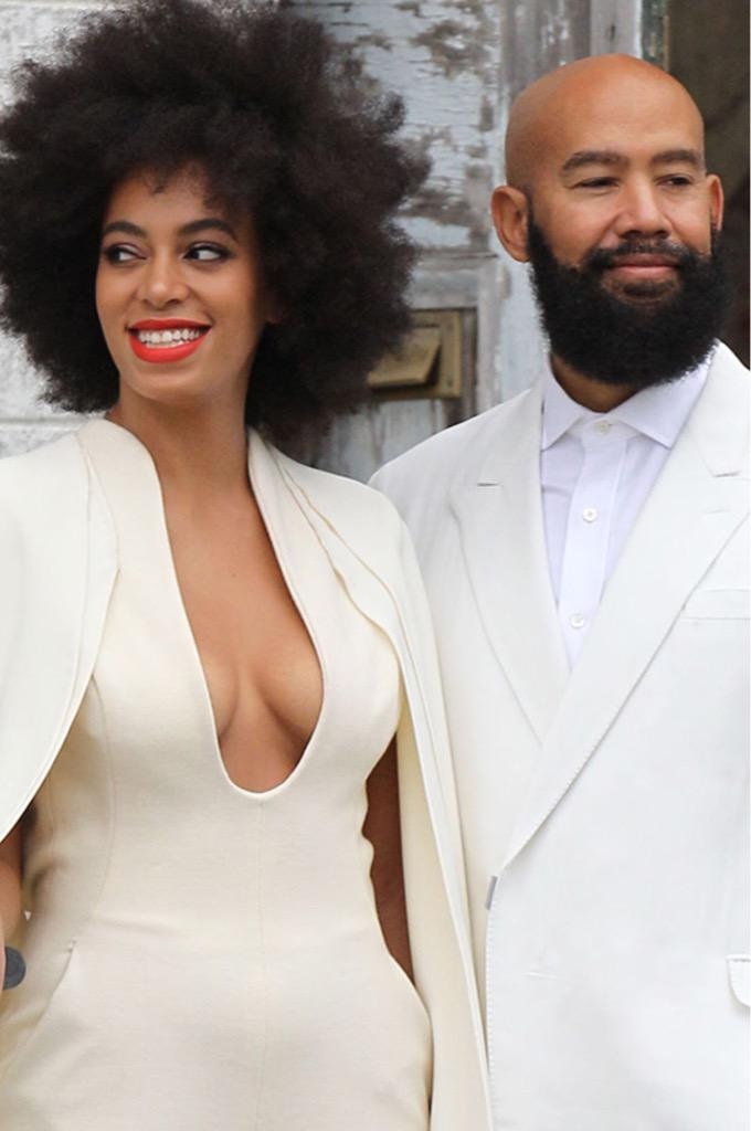 Solange's hubby turned 52 today she's 29. I'm convinced I need an older man. http://t.co/WWAcqpfTvO