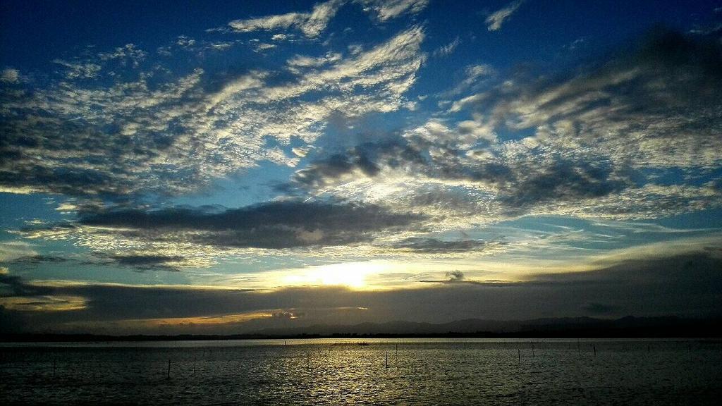 浜名湖の今ですヽ(^-^ ) http://t.co/8ShS3yK9d7