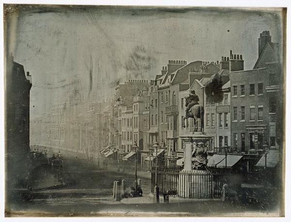 This may be the oldest surviving photograph of London c.1839  Whitehall From Trafalgar Square http://t.co/Z4WtcXcxci http://t.co/0gN7apCWeO
