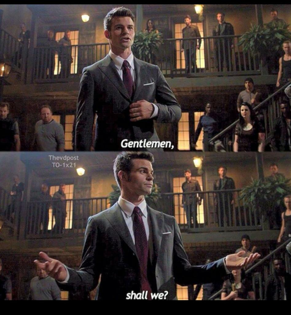 #SecSchoolInNigeria after leaving the bucket of garri to swell for 2hours... http://t.co/52umD3Cqbn
