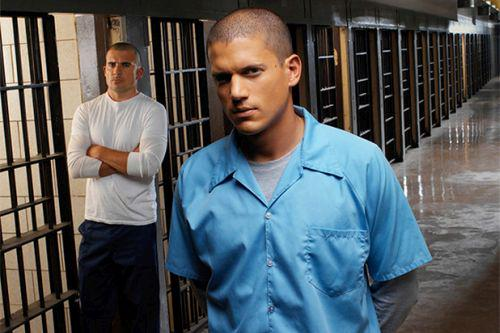 Prison Break Officially Returning to TV http://t.co/wCKR27rJXe http://t.co/n2R7xN4EPl