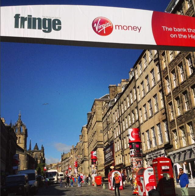 WE HAVE LIFT-OFF! #edfringe, the biggest arts festival IN THE WORLD, has begun! http://t.co/eSMsIFIXHJ