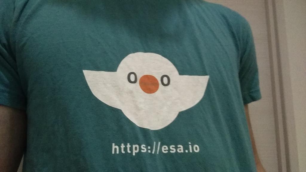 今日は緑のesaTで参加 #ステッカーあります #yapcasia http://t.co/D96z7xCaez