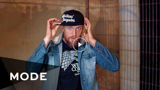 Get to know the most eccentric outfielder on the @SFGiants in this interview with @hunterpence http://t.co/rrDtuEhkr6 http://t.co/ZYUfxTM0a6
