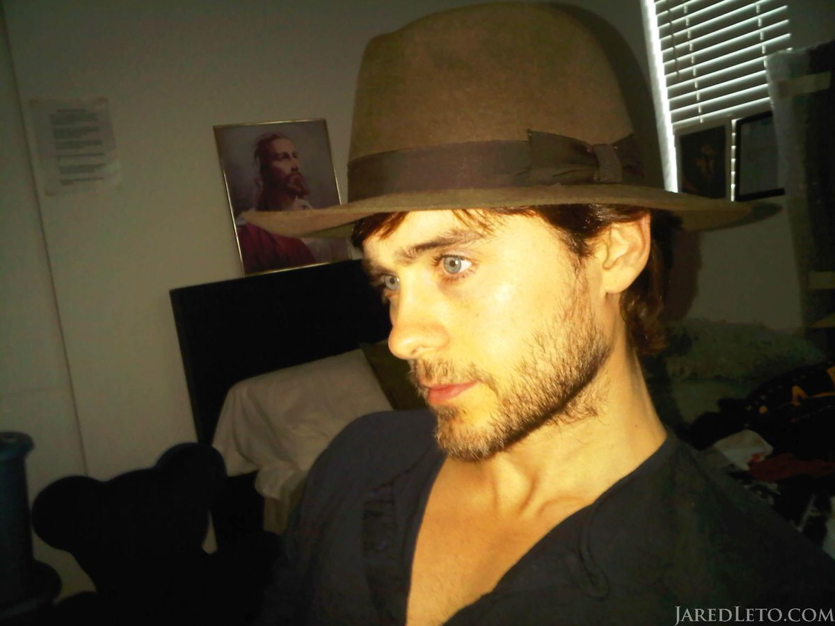Me, Jesus + a hat. #NFTO #tbt http://t.co/Mg3eulJP0Y