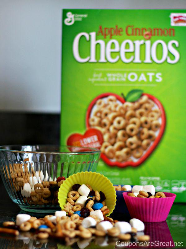Apple Cinnamon @Cheerios make a GREAT snack.  Get more great recipes here: https://t.co/eksMscjhHq  #snack #recipe ad http://t.co/Jb1dERWSWk