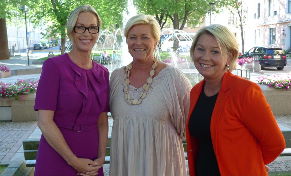 Regjeringen vil styrke norsk skaperkraft med 100 millioner ekstra i 2015! http://t.co/OjGssyr4Jz http://t.co/NSowmncKEJ