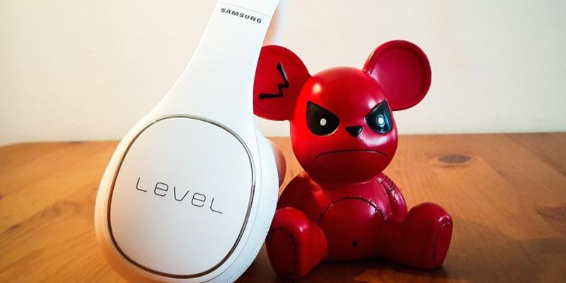 #Concours ! Avec @SamsungFR on vous fait gagner le casque #LevelOn Bluetooth... A vos RT ! http://t.co/uT23Hj6ic6 http://t.co/oem0N41Nge