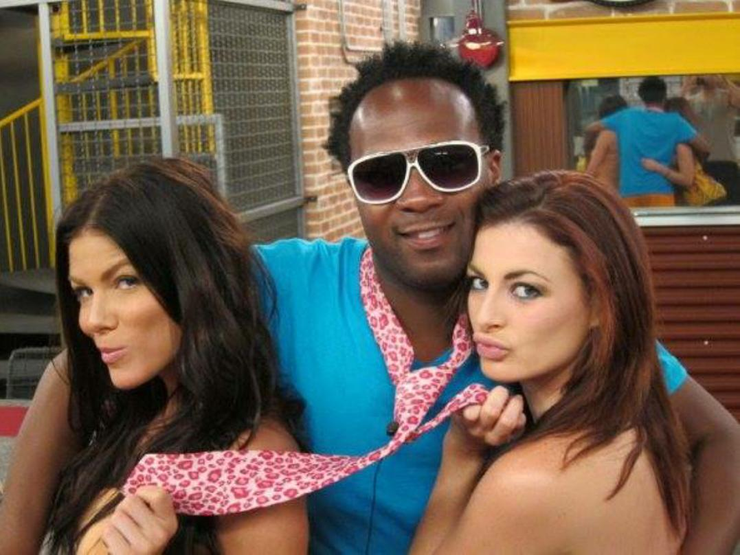 Throw Your HANDS All The Way Back!!!...BBBeauties @danidONAT0 @RachelEReilly...LUV These 2 Right Here!! #BB13 http://t.co/SeXjuJwrfg
