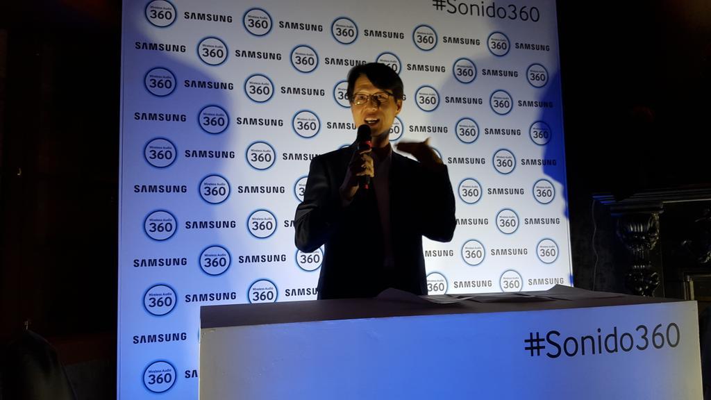 Simon Lee presentando el evento de @SamsungCO en #sonido360 http://t.co/3g1RBE0vKS