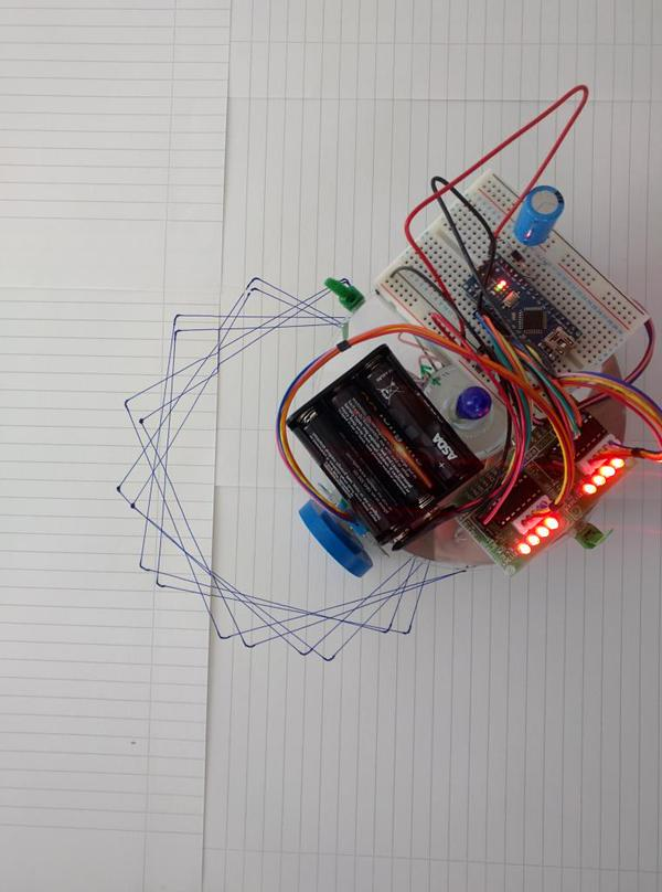 A few places left for our Shonkbot workshop on Saturday at @MakerFaireBRS https://t.co/ZryRo9qhjN (make a robot / £5) http://t.co/g65uz4gK4u