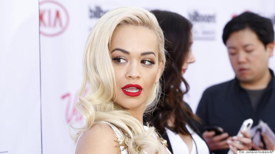 RT @HuffPostLive: Coming up! Catch @RitaOra discussing her steamy new single featuring Chris Brown http://t.co/dmHc3htQR2 #BodyOnMe http://…