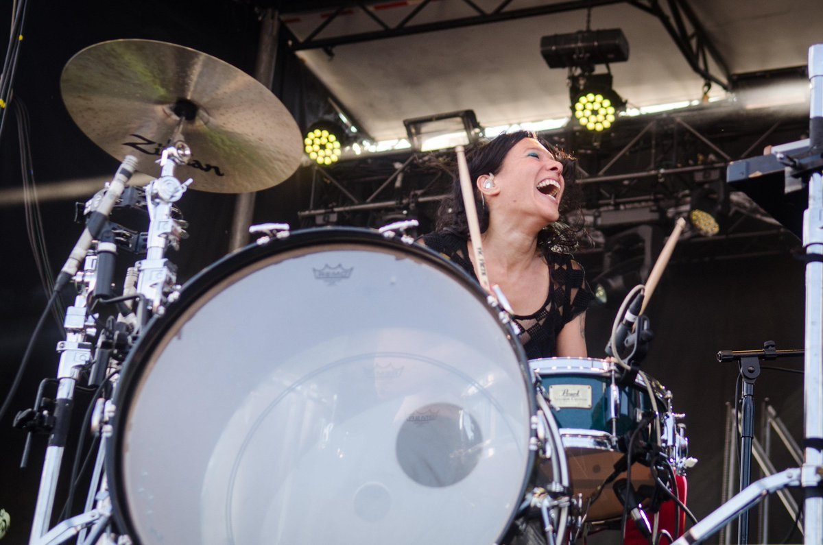 Hey, @mattandkim here's an idea - move to Portland and play here every day. All those in favor, RETWEET. #hbd947 http://t.co/6fuUEwllPT