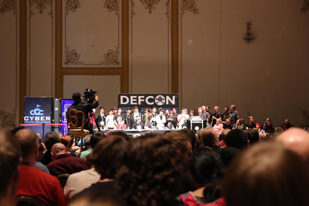Congratz!! #DEFCON #CTF  1:DEFKOR 2:PPP 3:0daysober http://t.co/OBaAr2WDTk