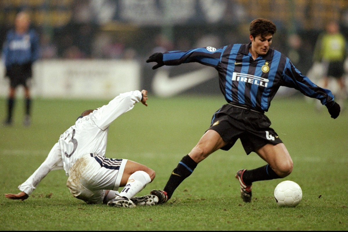 Javier zanetti played most of his career for the italian serie a club internazionale, from 1995 to 2014