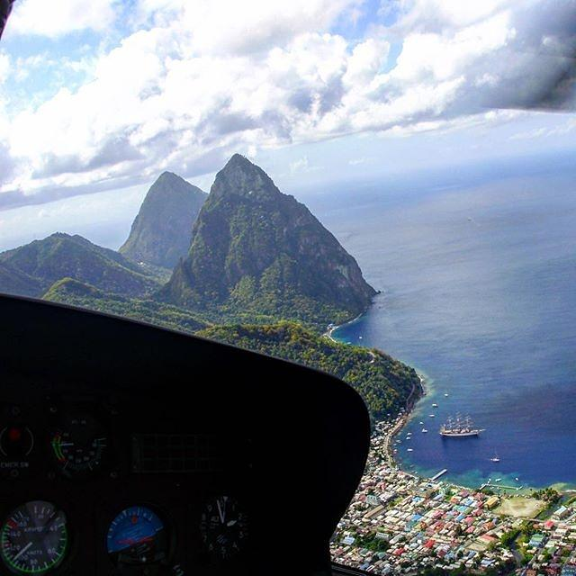 Another magnificent #MondayMorning  in #simplybeautiful #StLucia, home of the majestic #Pitons! Pic by Joanna Devaux. http://t.co/OAWfU3dcYp