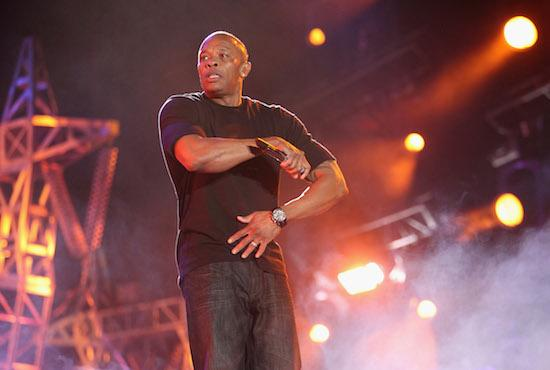 One of the poorest areas of LA is about to get a new arts center, thanks to rap mogul Dr. Dre. http://t.co/SFlYHQfg8b http://t.co/VnNkcYGtsv