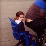 - Hija, vamos a pasear en bici.  - No me gusta andar en bici con vos.  - ¿Por qué lo decís hija? https://t.co/TYKB5eTf63