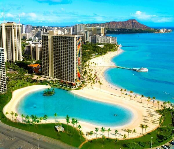 Waikiki Beach, Hawaii http://t.co/JwpfTKwT7d