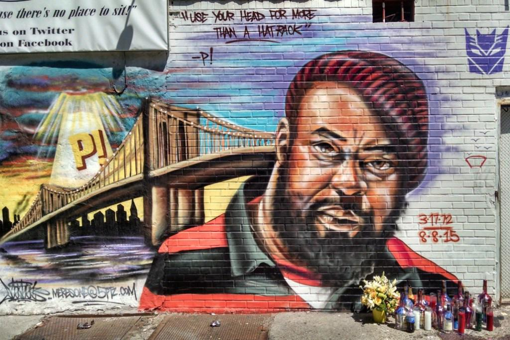@lordjamar & @SadatX Speak On Sean Price Passing at43 http://t.co/eaiyfFYJyH http://t.co/pphGUDJfvq