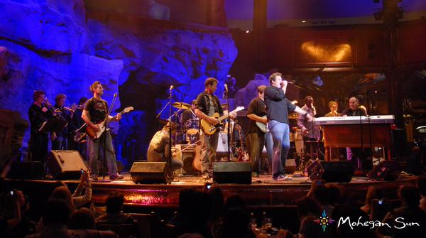 8/14/15 at @MoheganSun in the #wolfden don't miss @bobguiney @ScottGrimes @greggrunberg @Jesse_Spencer and more...!!! http://t.co/Y7Dsi4boE4