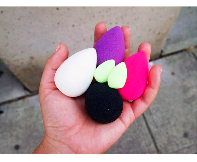 Everyone from the @beautyblender gang. Original, Purple, Pro, Pure & Mini's. #makeup #motd #mua #makeupartist #yvr http://t.co/FW1i7oZIol