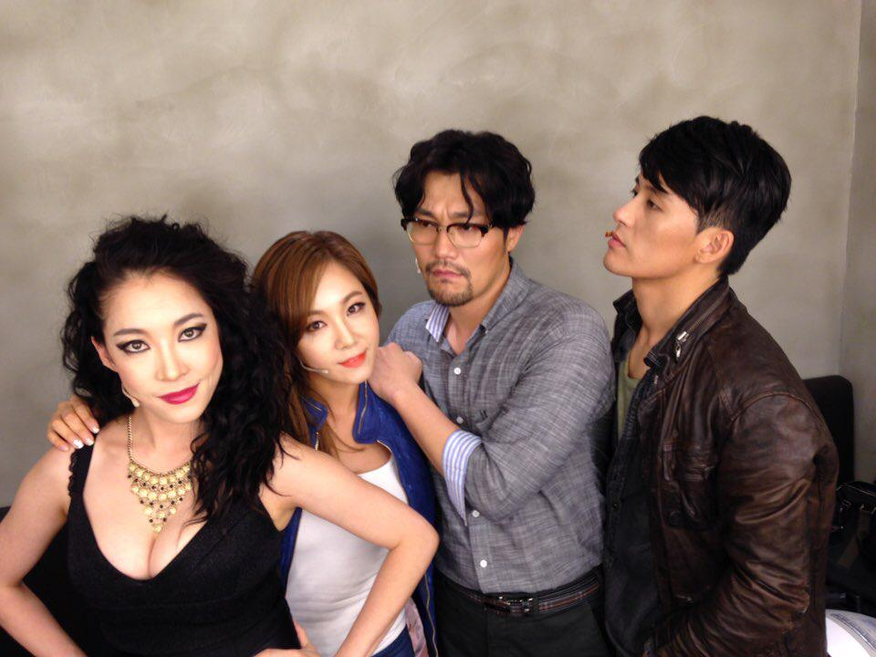 """뮤지컬""""머더발라드 시작!! 한남동 현대카드 언더스테이지 8.11-30 안보시면 후회해요! Musical""""Murder Ballad@Hyundai Card Understage Aug 11-30 Must Come!! http://t.co/6FevsekPQ5"""
