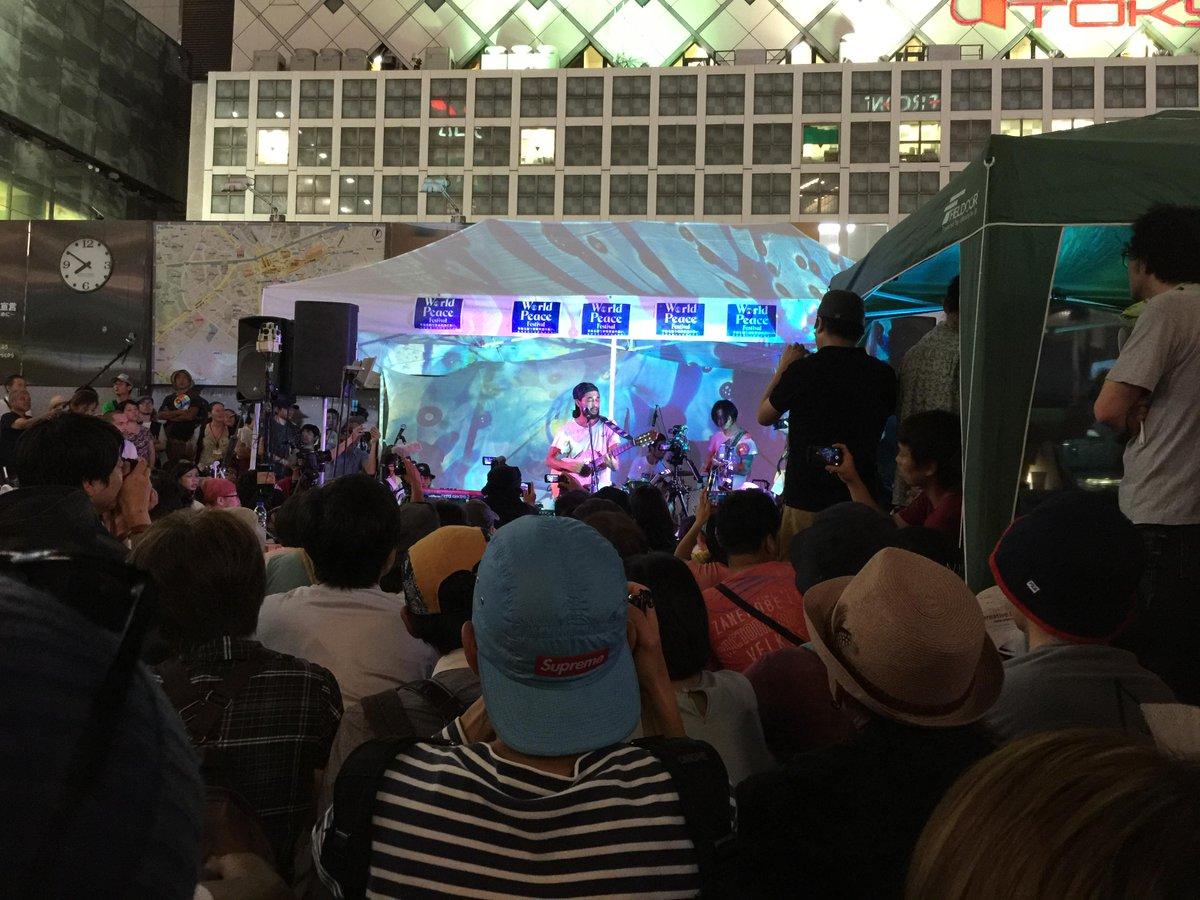 三宅洋平さん、ライブは初めてみたけど、立派な若者ではないか。 http://t.co/BDCYicpI9U