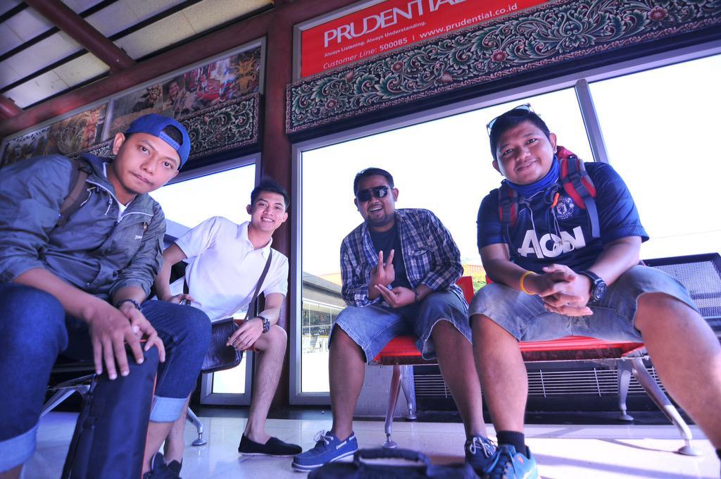 Bandara Soekarno-Hatta, start awal kami setiap traveling. Selamat ulang tahun Angkasa Pura II #HUTAPII31 @contactap2 http://t.co/vzzBIQ2q9o