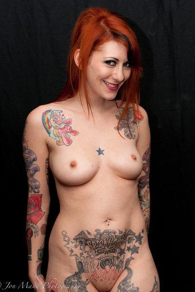 порноактрисы татуировками на спине порно фото