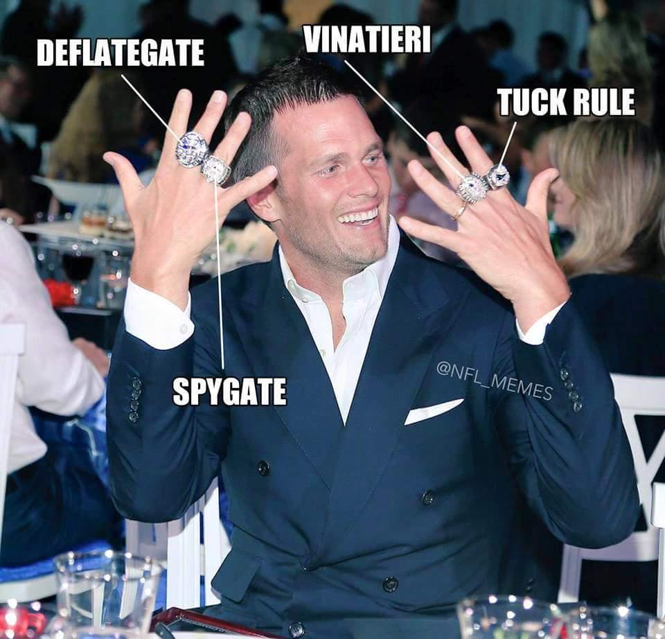 Tom Brady's rings... explained. #BradyWearsAskirt #notbeer http://t.co/i267QXnjLX