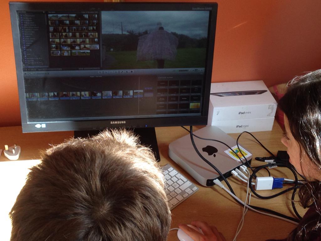 Editing movie at #Connemara Maths Academy #SummerCamp at Killary @DiscoverGalway @tyyearireland @Killarygroup http://t.co/VPg14rBUe9